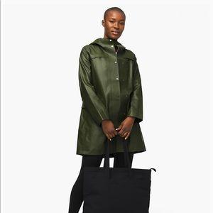Lululemon Into Drizzle Rain Jacket Green